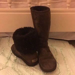 Ugg Chestnut Brown Size 8 Classic High Boots